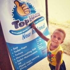 TopWan New Ireland boy sign